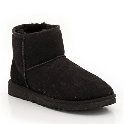 Classic Mini II Sheepskin Ankle Boots UGG
