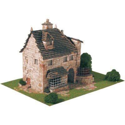 maquette en cramique maison anglaise maquette en cramique maison anglaise aedes