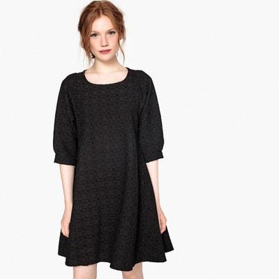 Wijd uitlopende korte jurk met jacquardprint Wijd uitlopende korte jurk met jacquardprint MADEMOISELLE R