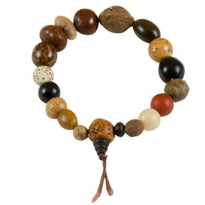 Bracelet de prière en graines de fruits, Limincun (bijoux ethniques) Bracelet de prière en graines de fruits, Limincun (bijoux ethniques) EXOTIC EXPRESS