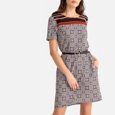 Купить женскую одежду по привлекательной цене – заказать одежду для ... 9347185d4c2