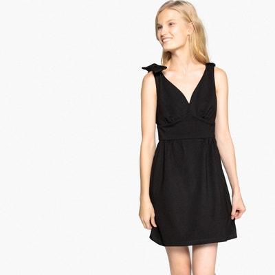 Ärmelloses Kleid mit ausgestellter Schnittform Ärmelloses Kleid mit ausgestellter Schnittform MADEMOISELLE R