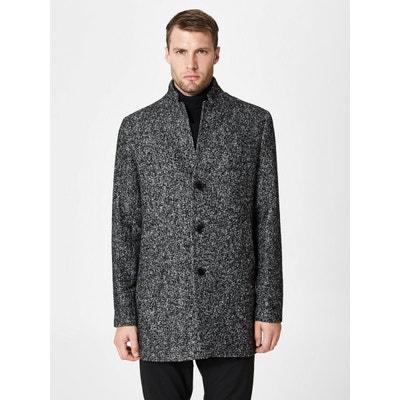 Porter un manteau gris homme