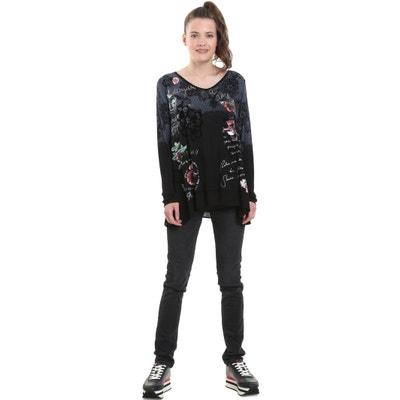 T-shirt scollo a V maniche lunghe fantasia a fiori T-shirt scollo a V maniche lunghe fantasia a fiori DESIGUAL