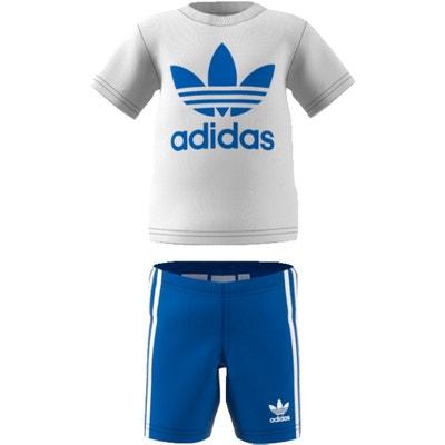 Conjunto com calças, gola redonda, mangas curtas Conjunto com calças, gola redonda, mangas curtas Adidas originals
