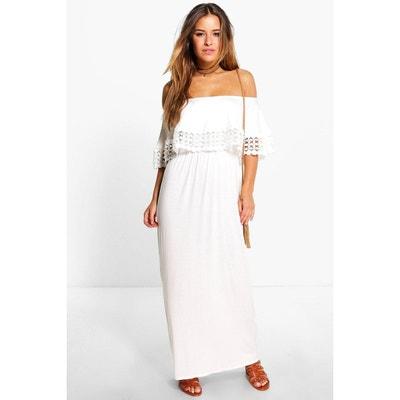 Petite robe maxi bardot à détail ornement Petite robe maxi bardot à détail ornement BOOHOO