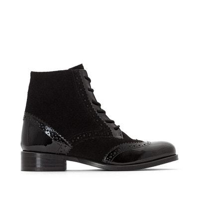Boots montantes, bi-matière, bout fleuri Boots montantes, bi-matière,