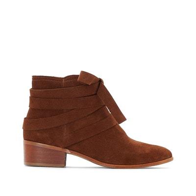 Boots in pelle dettagli fibbia Boots in pelle dettagli fibbia MADEMOISELLE R