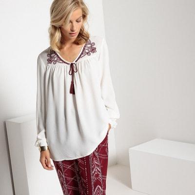 Blusa bordada con cuello de pico y cordones, de manga larga Blusa bordada con cuello de pico y cordones, de manga larga ANNE WEYBURN