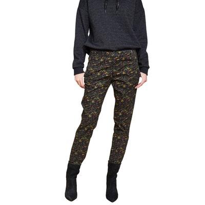 baa0f6075d9b2 Pantalon chino stretch camouflage Pantalon chino stretch camouflage MKT  STUDIO. Soldes