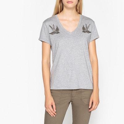 T-shirt com decote em V, mangas curtas, estampado à frente T-shirt com decote em V, mangas curtas, estampado à frente IKKS