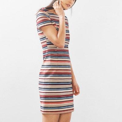 Bunt gestreiftes Kleid, anliegender Schnitt ESPRIT