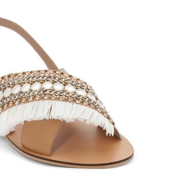 Sandalias de piel con detalle de cuentas, para pies anchos, del 38 al 45 Sandalias de piel con detalle de cuentas, para pies anchos, del 38 al 45 CASTALUNA