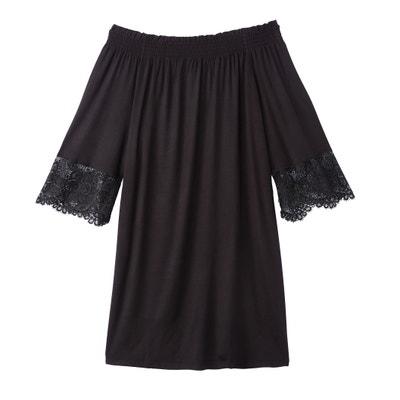 Wijd uitlopende jurk, ontblote schouders, knielengte Wijd uitlopende jurk, ontblote schouders, knielengte BENETTON