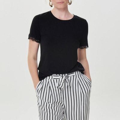 Tshirt de gola redonda, detalhes em renda, mangas curtas Tshirt de gola redonda, detalhes em renda, mangas curtas BERANGERE