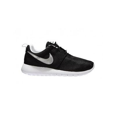 31bc2b1b65eb1 Basket Nike Roshe Run (GS) - 599728-021 Basket Nike Roshe Run (