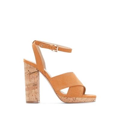 30c61c1f24c Zapatos de piel con tacón