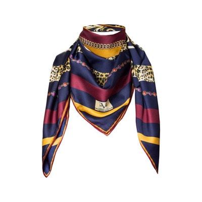46d51d9f2e65 Foulard en soie motif Bordeaux Violet avec sa pochette cadeau Foulard en  soie motif Bordeaux Violet. VERSACE 19.69