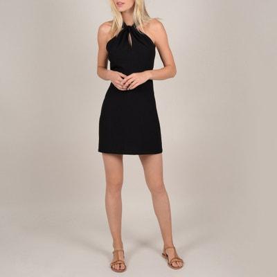 Korte, smalle jurk, kant achteraan, zonder mouwen Korte, smalle jurk, kant achteraan, zonder mouwen MOLLY BRACKEN