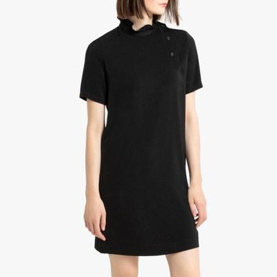 Korte, rechte jurk met opstaande kraag en korte mouwen Korte, rechte jurk met opstaande kraag en korte mouwen LA REDOUTE COLLECTIONS