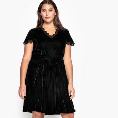 a795359f7c1 Robe noire chic grande taille