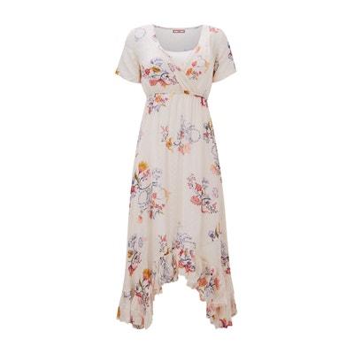 348ec10f1e1 Платье расклешенное с рисунком и воланом по низу длиной до колен Платье  расклешенное с рисунком и