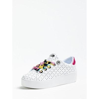f9af41fbe0ca Sneaker Townser Cuir Véritable Sneaker Townser Cuir Véritable GUESS