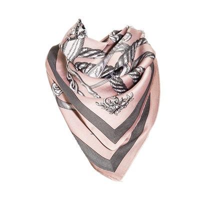 Foulard motif Rose avec sa pochette cadeau VERSACE 19.69 d3150158ec2d