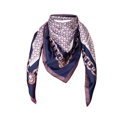 3da4402d69c7 Foulard en soie motif Bleu Poudre avec sa pochette cadeau VERSACE 19.69