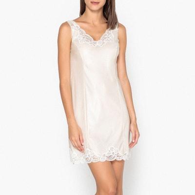 fbf239e4645 Fond de robe fabriqué en France dentelle de calais Fond de robe fabriqué en  France dentelle