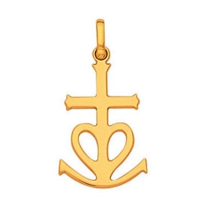 Pendentif Croix Camargue Fil Plat Or Jaune 750 000 Pendentif Croix Camargue  Fil Plat Or. SO CHIC BIJOUX 97e2c4b1a46