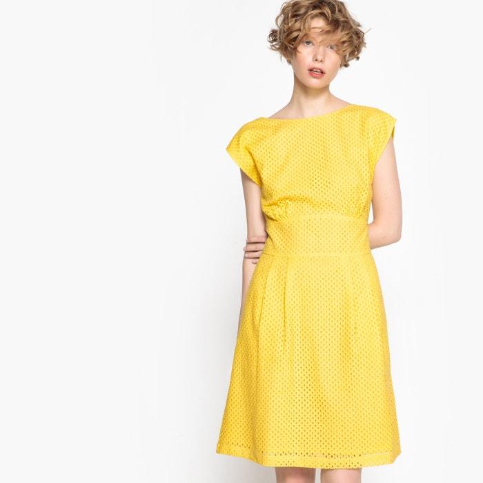 Kleid, Lochstickerei, Knopfverschluss hinten  MADEMOISELLE R image 0