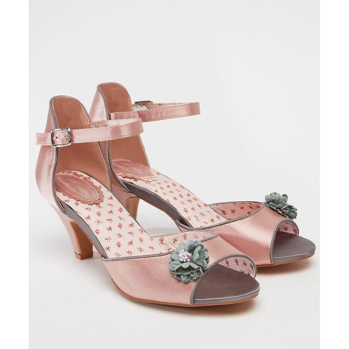 Chaussures en satin à demi-talon avec bouquet rose Joe Browns
