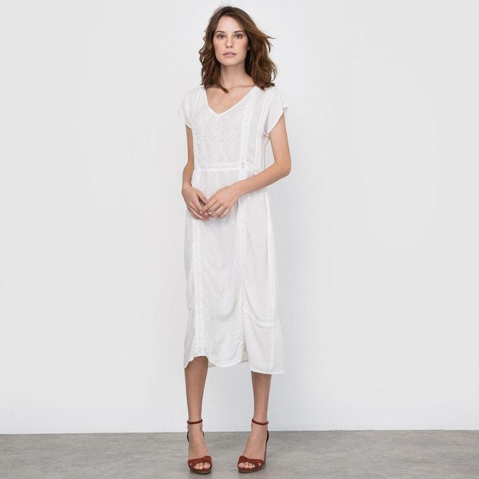Robe broderies et dentelle ivoire la redoute collections for Nettoyage de robe de mariage milwaukee