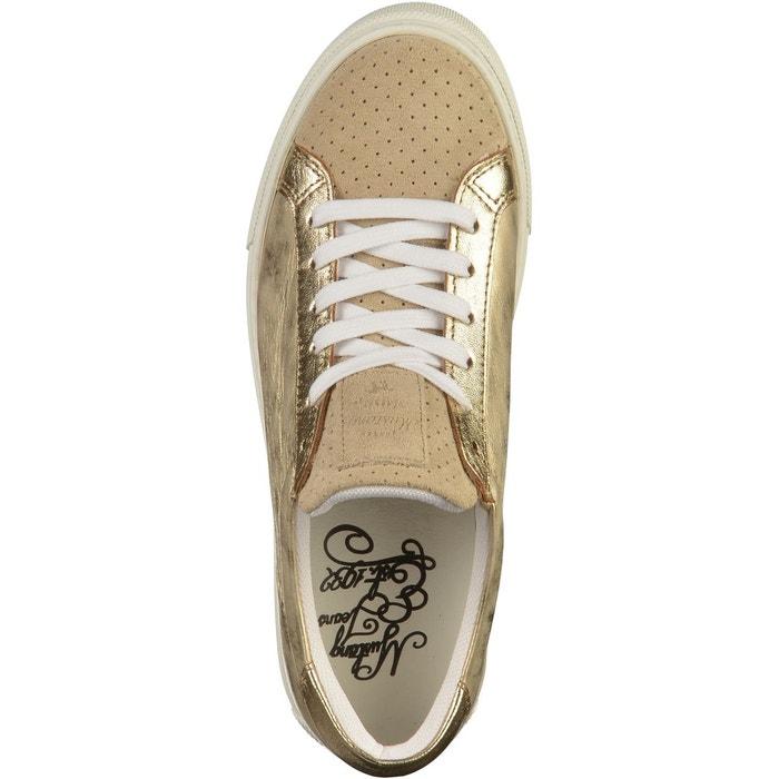 Sneaker or Mustang