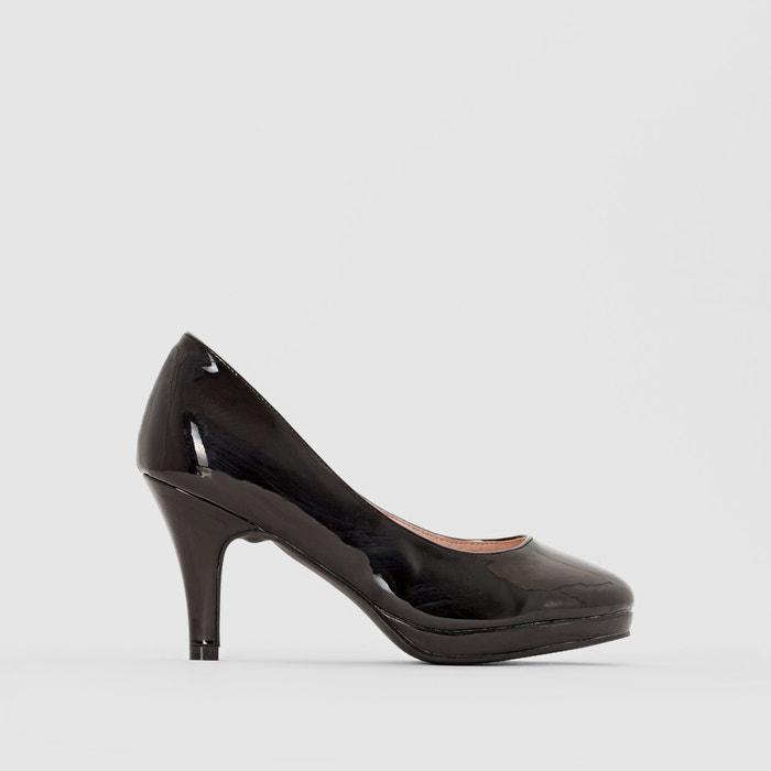 Imagen de Zapatos de tacón de charol ANNE WEYBURN