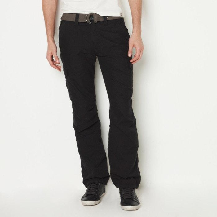 Pantalon multipoches et sa ceinture sangle