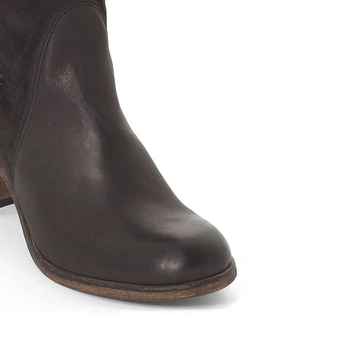 Bottes cuir altho noir Kickers