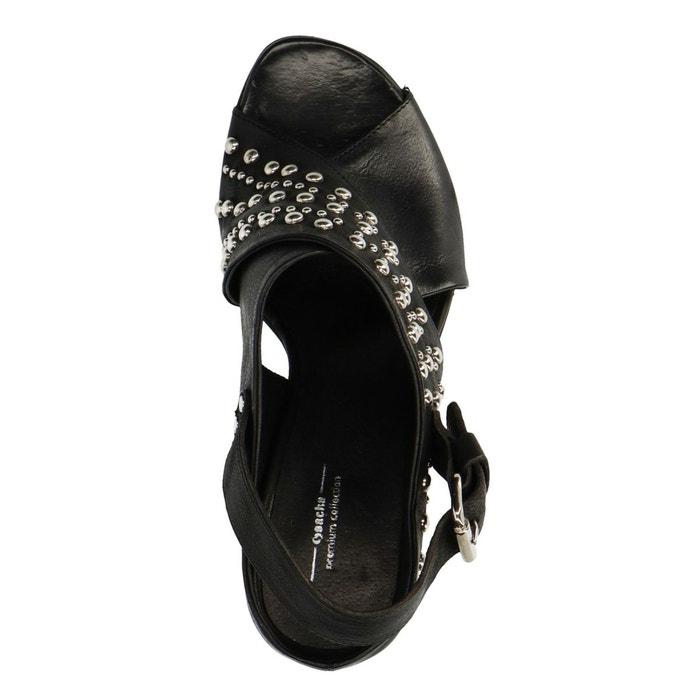 Sandales à talon avec clous Sacha