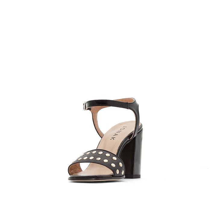 Sandálias com tacão, em pele envernizada, Moris