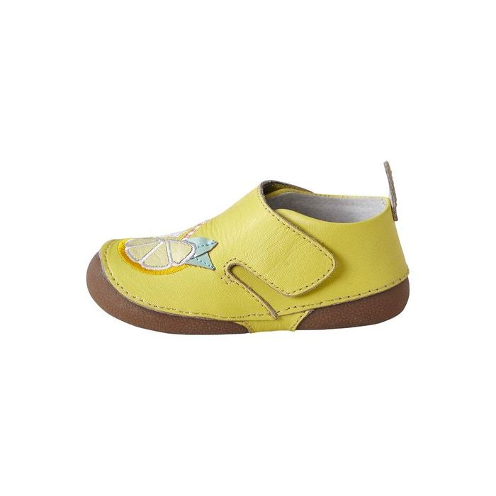 37fa9cb4a74f9 Chaussons bébé fille en cuir souple jaune Vertbaudet