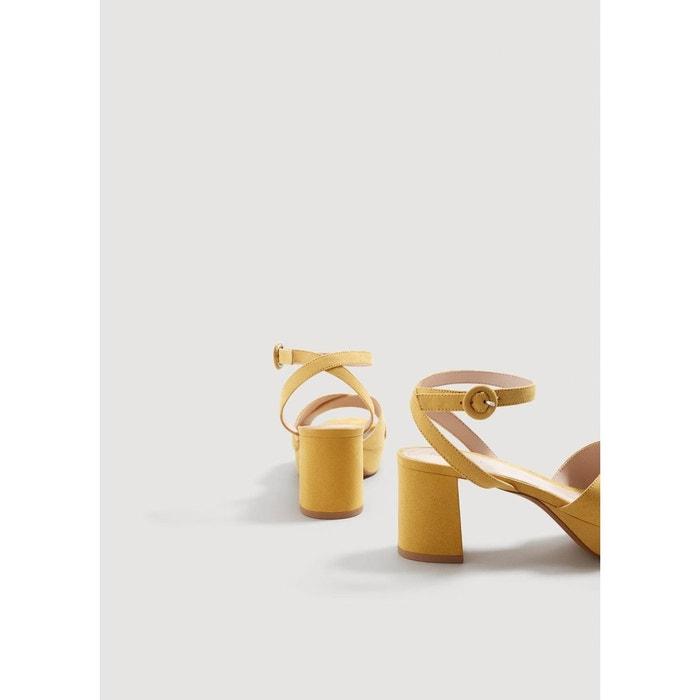 Sandales croisées plateforme moutarde Mango