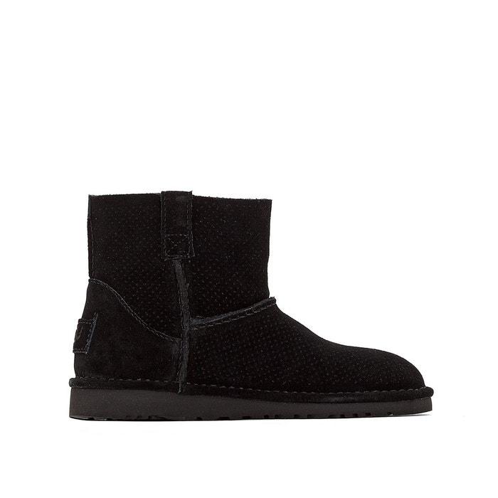 Boots w classic unlined mini perf noir Ugg Acheter La Vente En Ligne Visiter Le Nouveau En Ligne GzwXUwOpVs