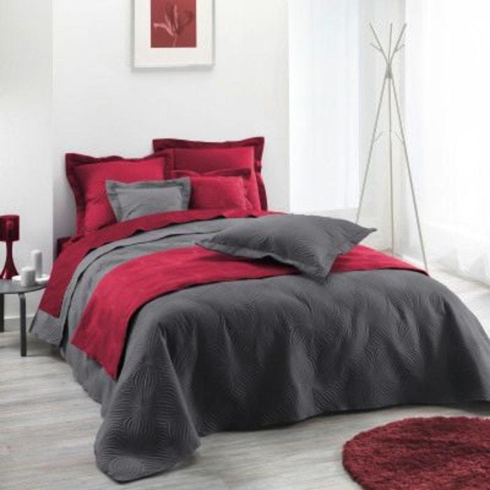 couvre lit rouge. Black Bedroom Furniture Sets. Home Design Ideas