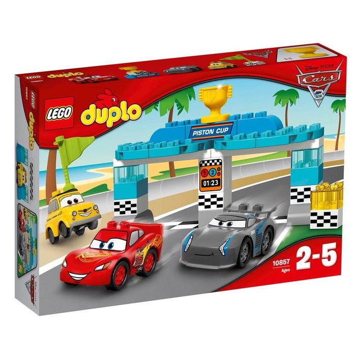 La course de la Piston Cup LEGO