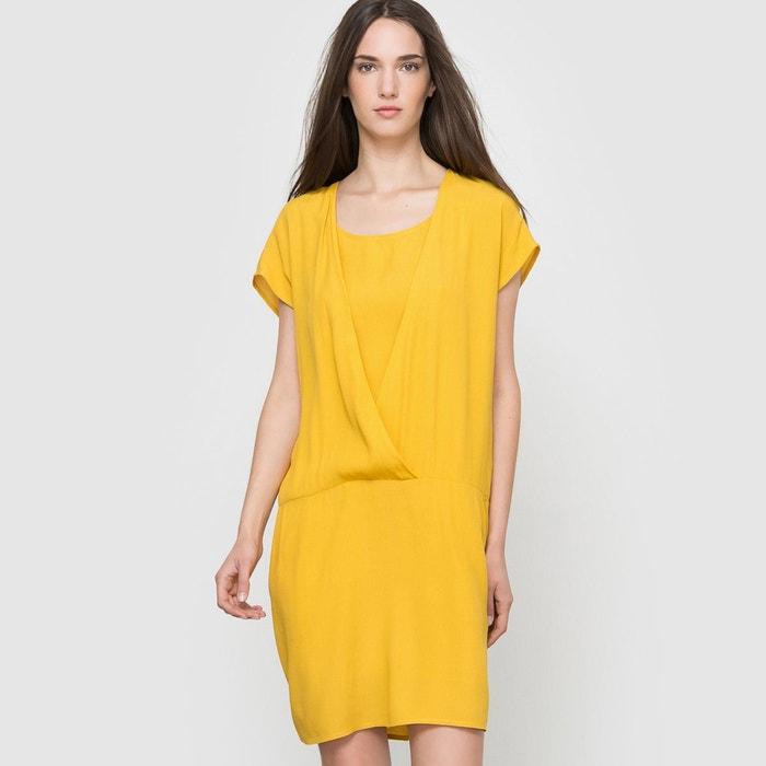 Robe jaune fluide
