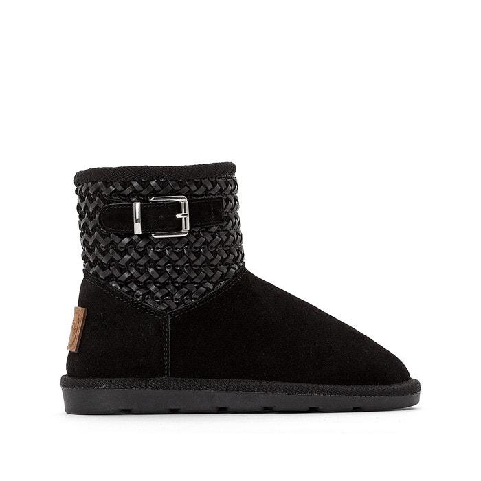 Boots CORA