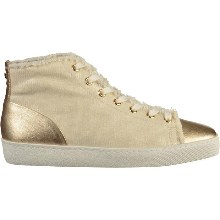 Sneaker or Hogl