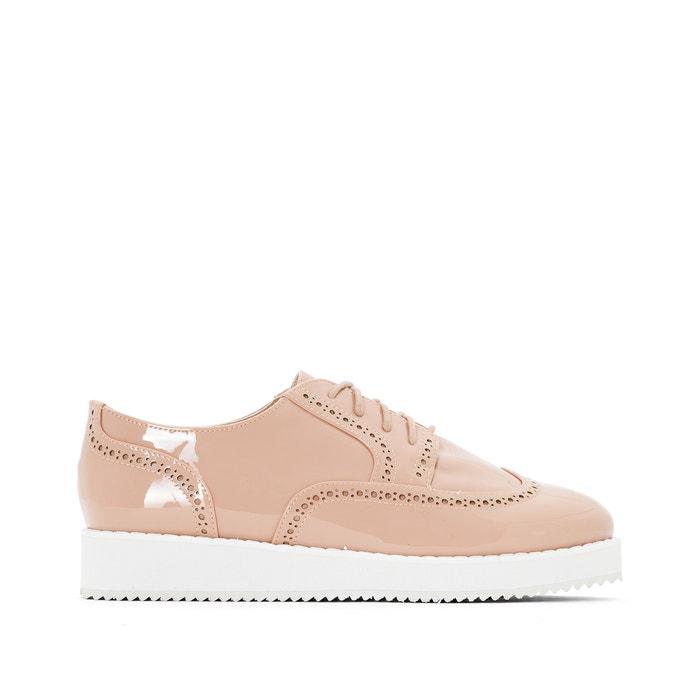 Imagen de Zapatos tipo derbies de charol CASTALUNA