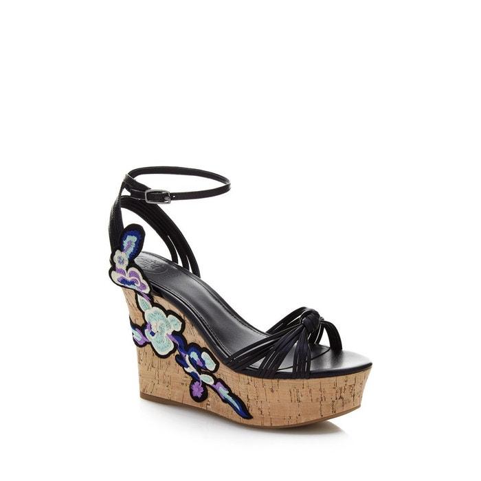 Collections Bon Marché Chaussures à semelle compensée chloe fleurs brodées noir Guess Vente En Gros Prix Pas Cher Dédouanement Prix Le Plus Bas V0DxEd